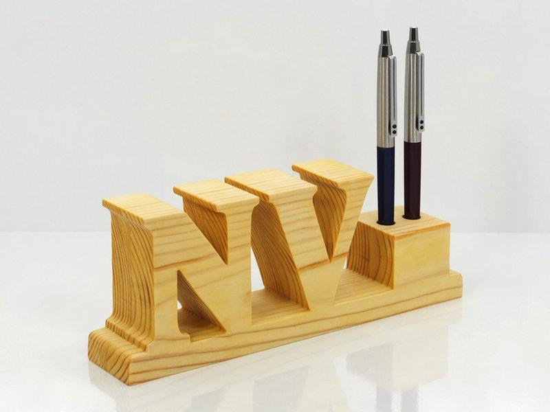... wooden pencil holder 01.jpg ...